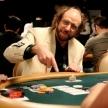 Как необходимо применять блеф во время игры в покер